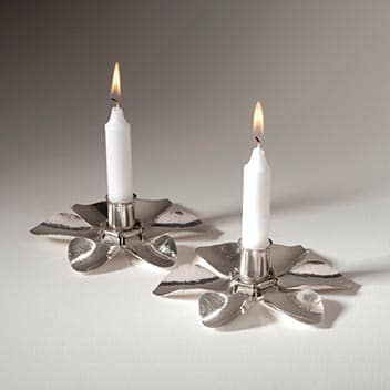 thumb_FLOWER-CANDLESTICKS